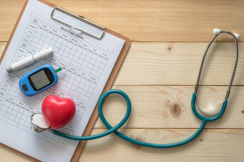 kan şekeri ölçüm cihazı ve steteskop